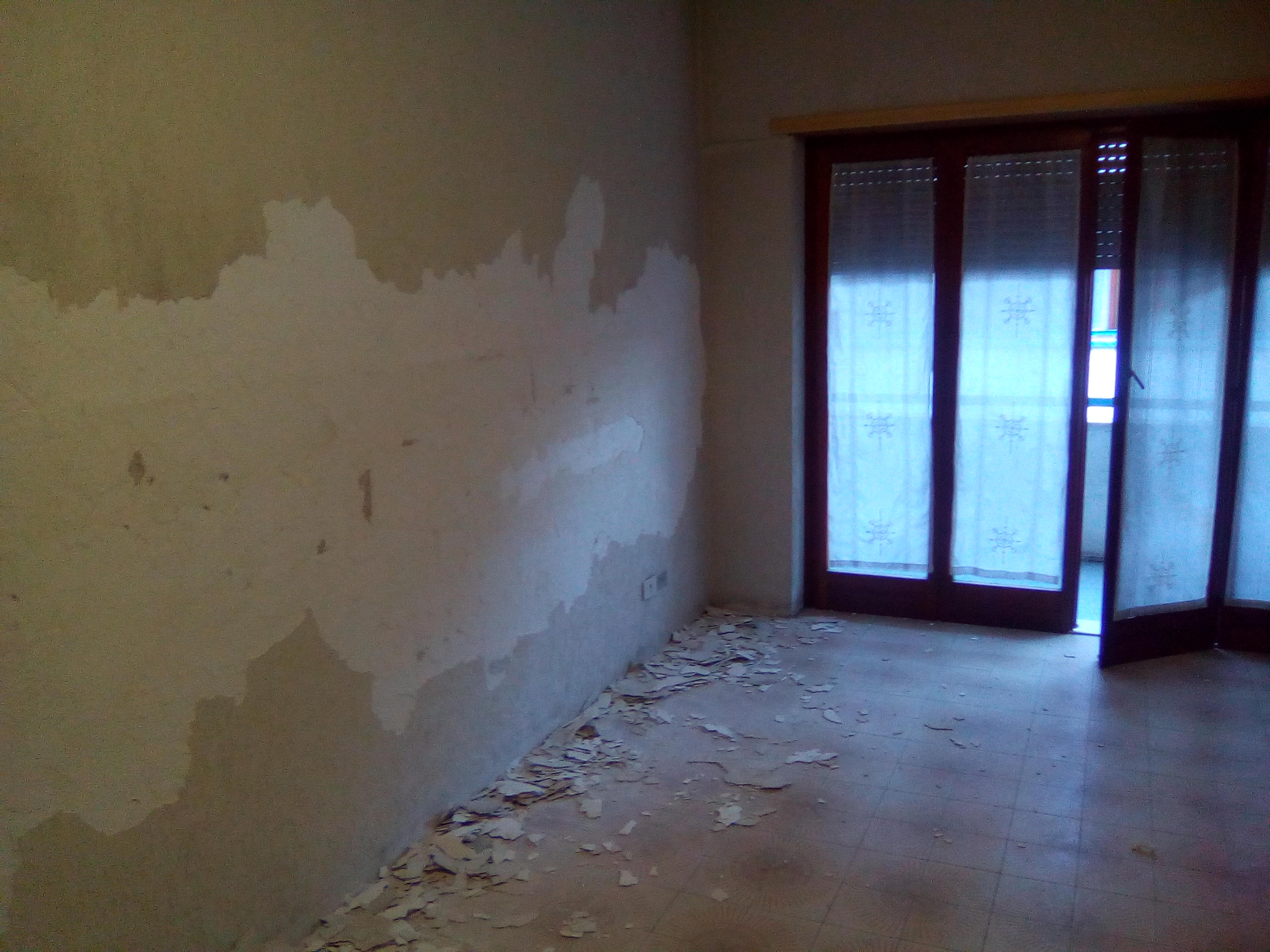 Quanto costa ristrutturare una casa vecchia a roma for Quanto costa imbiancare casa