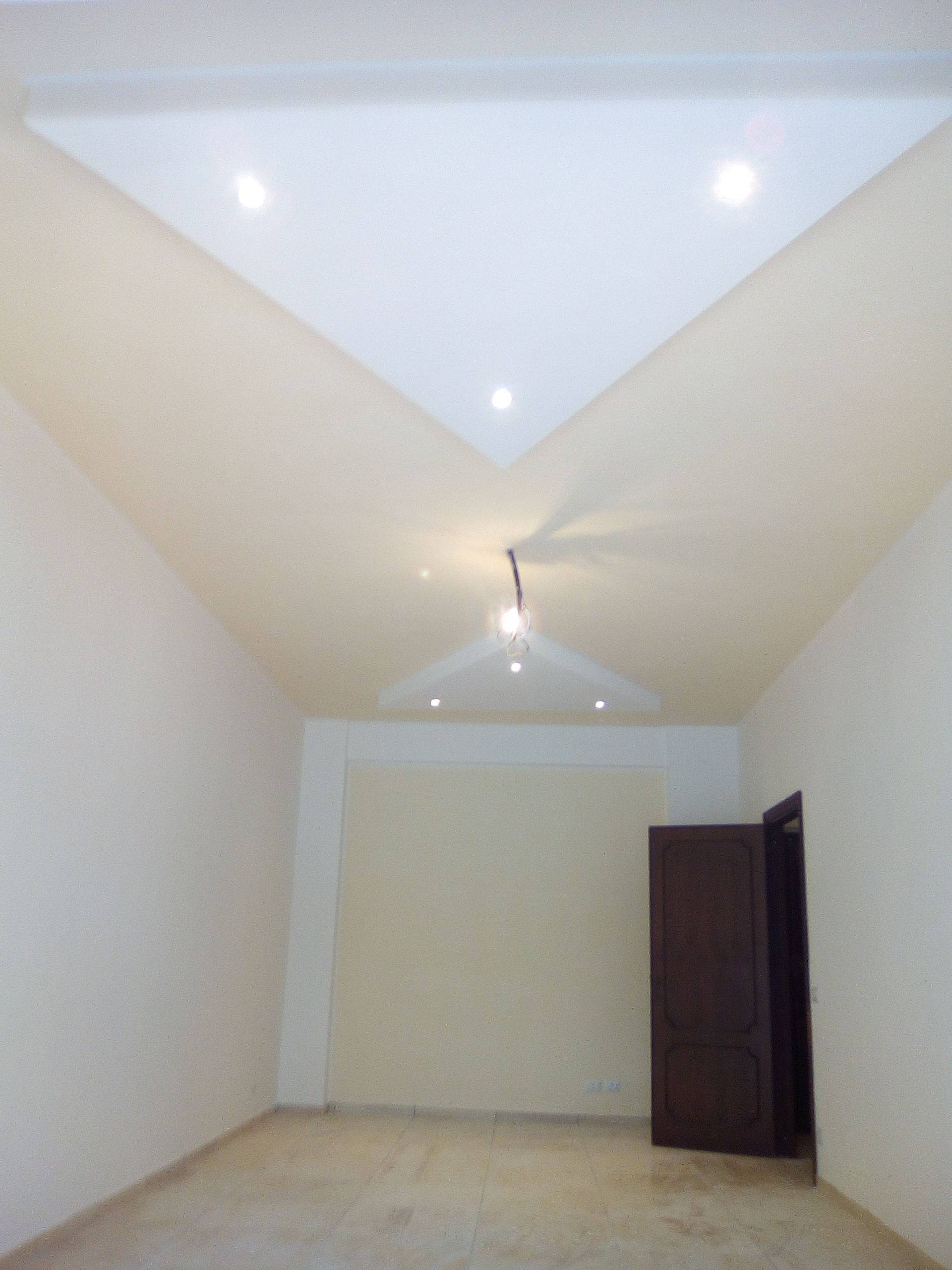 Ristrutturazione Casa Roma Prezzi contro soffitto con faretti a led – ristrutturare-roma