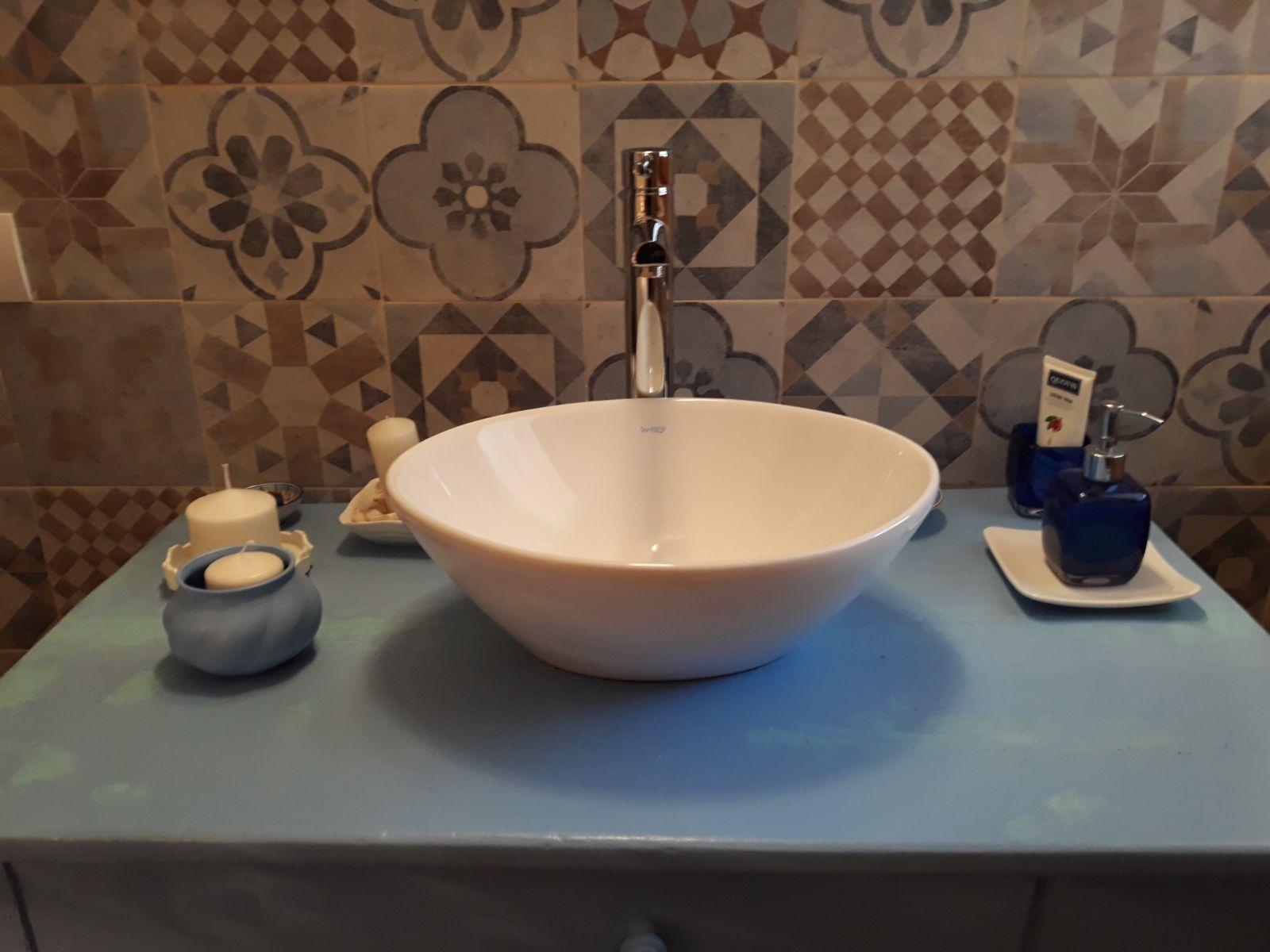 Costo imbianchino a roma per casa di 80 mq appartamento di - Rifare bagno costo ...