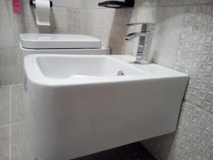 Quanto costa rifare un bagno completo ristrutturare facile ristrutturare roma imbiancatura - Costo rifacimento bagno completo roma ...