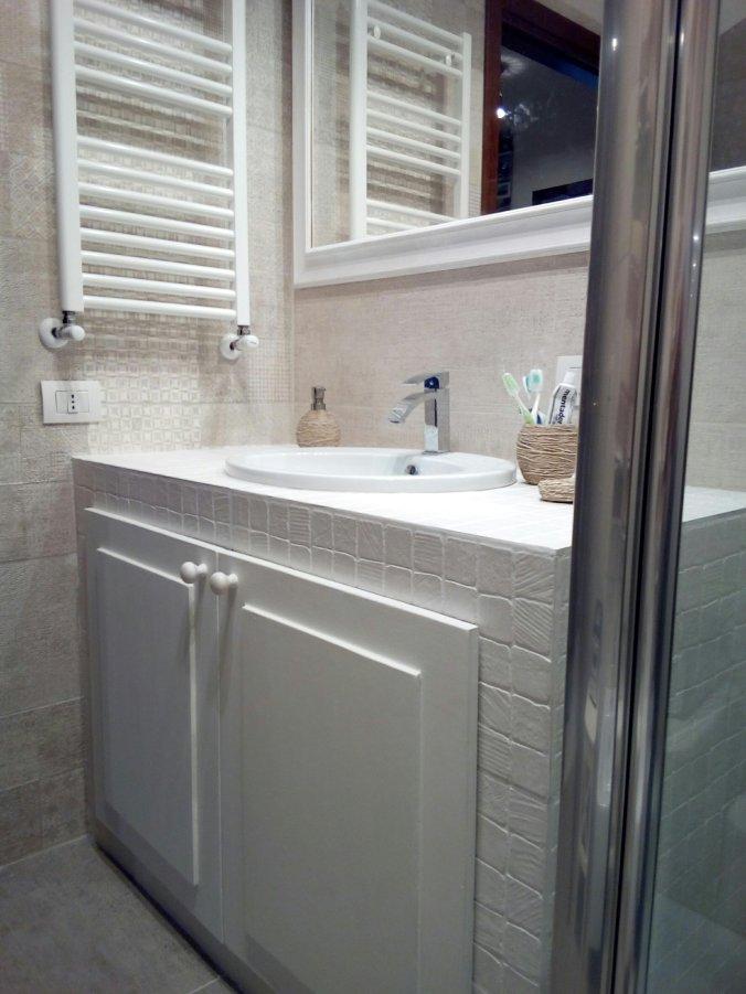 Realizzare un mobile bagno in muratura